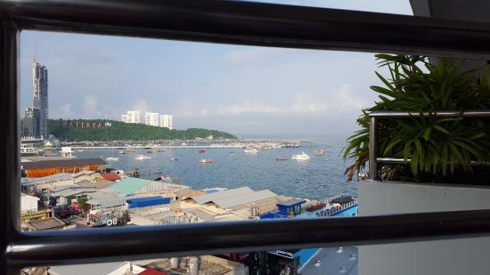 Grand Hotel Pattaya Photo