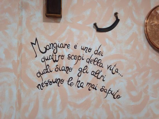 Le frasi sui muri picture of il girone dei golosi - Frasi sui muri di casa ...