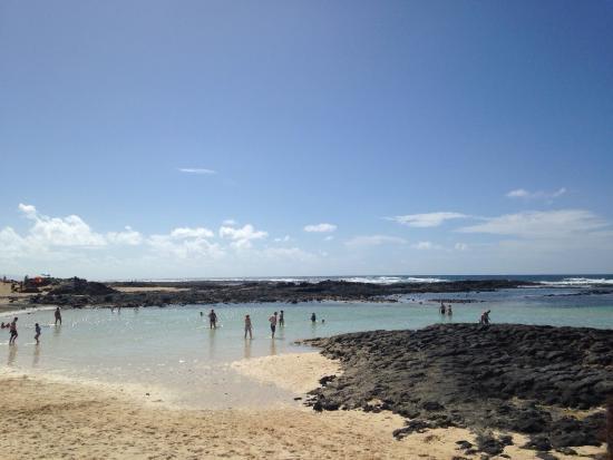 onde El Cotillo - Picture of El Cotillo Beach & Lagoons, El Cotillo - Tri...