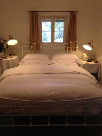 Cockatoo Valley, ออสเตรเลีย: Miners Cottage Bedroom