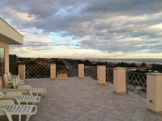 Hotel Bencista': Терраса