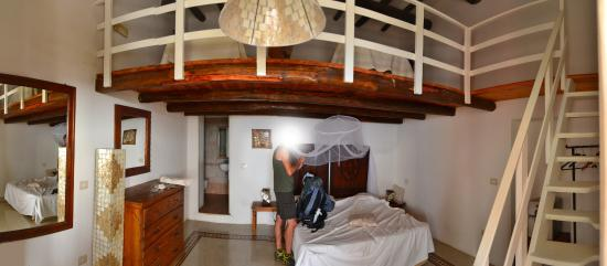 B&B Villa La Rosa: La nostra camera, ottima qualitá prezzo (settembre)