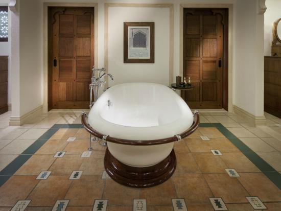 Jumeirah Dar Al Masyaf at Madinat Jumeirah: Madinat Jumeirah - Bathroom