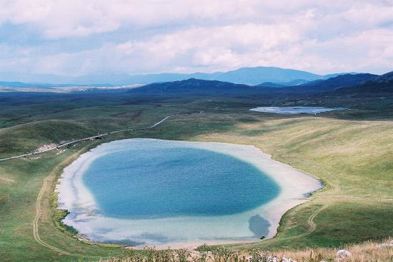 Riblje Lake
