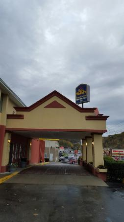 Best Western Mountaineer Inn : TA_IMG_20151028_084328_large.jpg
