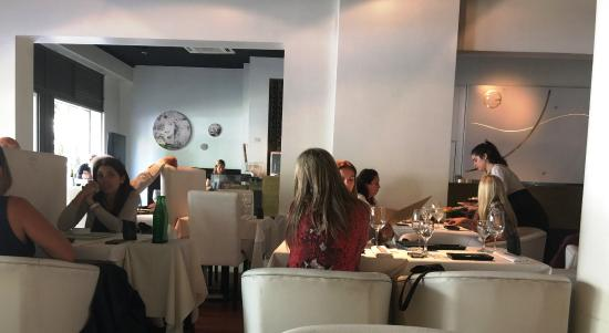 SushiClub Rosario: ambiente