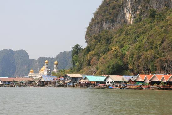 Деревня на сваях. О.Паньи - Picture of Koh Panyi (Floating Muslim Village), K...