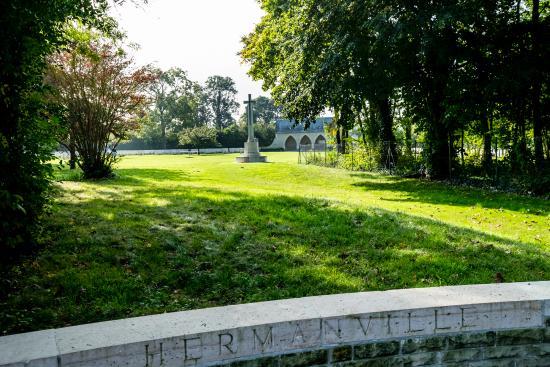 Hermanville-sur-mer, France : Hermanville War Cemetery