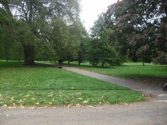 Kensington Park Picture Of Kensington Palace London