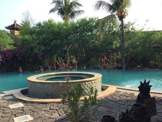 Nirwana Water Garden: photo0.jpg