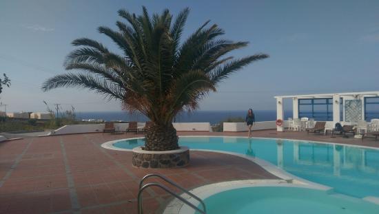 Anemomilos Villa: бассейн