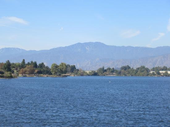 Frank g bonelli regional park san dimas ca picture of for Puddingstone lake fishing