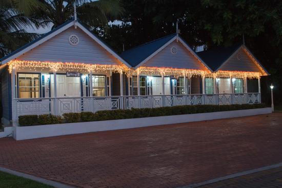 Villa Beach Cottages - Internet Cafe & Koko's Minimart