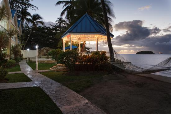 Villa Beach Cottages - Wedding Gazebo