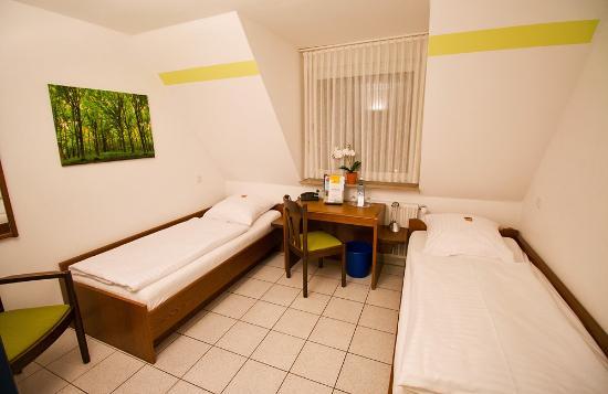 Hotel Restaurant Clemens-August: Room in external building