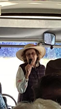 La Casa de Dona Lupe: Hostess and owner Dona Lupe greeting our tour group