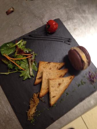 Macaron au foie gras foto di le loft portes les valence for Restaurant le loft portes les valence