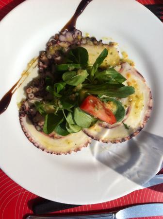 Hauterive, Швейцария: Entrée du plat du jour : carpacio de poulpe