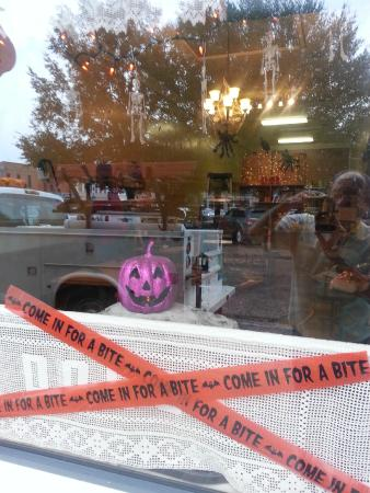 Dolce Pastry Shop : Halloween at Dolce