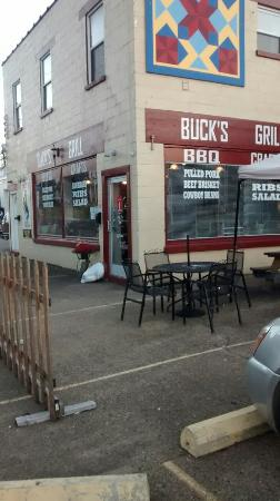 Buck's Grill & Crafts