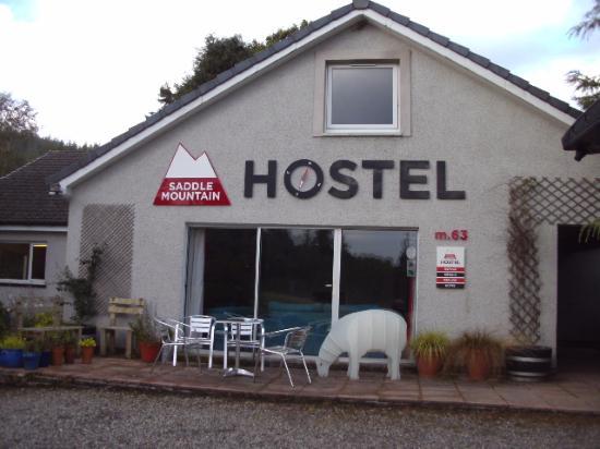 Saddle Mountain Hostel: Front