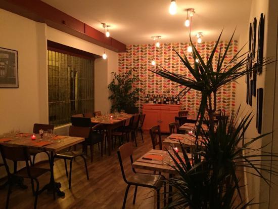 la cantine montlu on 6 rue comtesse restaurant avis num ro de t l phone photos tripadvisor. Black Bedroom Furniture Sets. Home Design Ideas