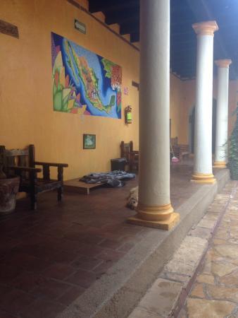 Rossco Backpackers Hostel : reception