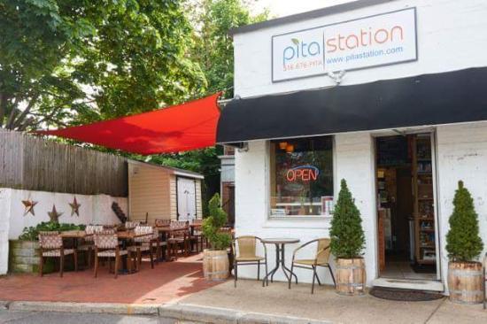 Pita Station