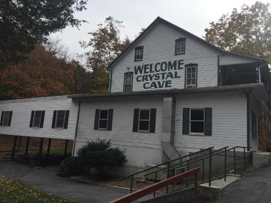 Kutztown, PA: Crystal Cave Main Building