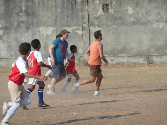 Paluato, Колумбия: Football with the locals