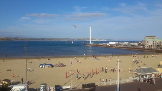Bay View Hotel Weymouth: Coatguard training today.