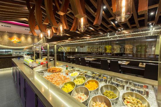 168 Sushi Buffet: 168 sushi waterloo salad bar