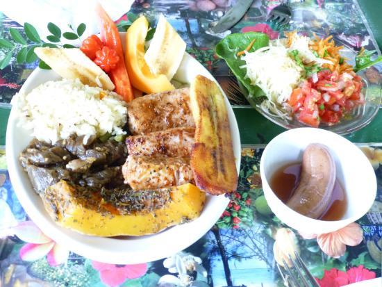 Tauono's : Lunch