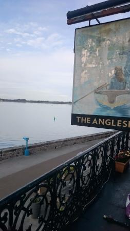 The Anglesey Arms Hotel: Beautiful old pub sign