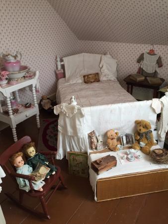 Lucy Maud Montgomery Birthplace: 二階にあった子供部屋