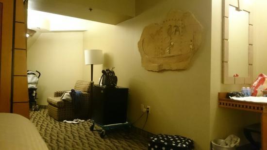 Interior - Luxor Hotel & Casino Photo