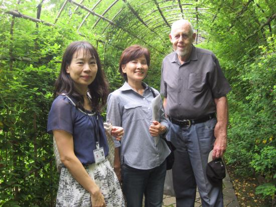 Go Tokyo - Day Tours: Our guides Amy and Junco