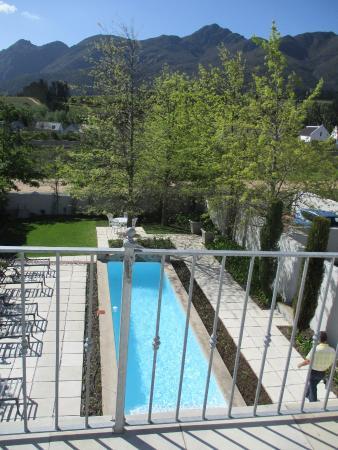Maison d'Ail Guest House: Pool