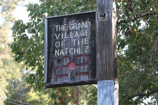 Natchez, MS: roadside sign