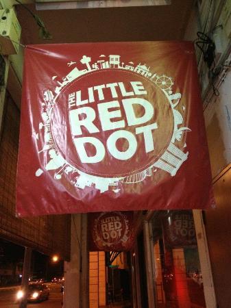 @ Little Red Dot: ลิตเติลเรดด็อท