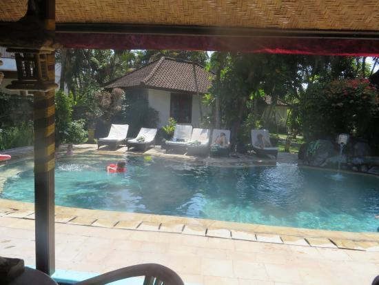 Prima Cottage: Pool