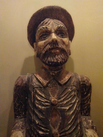 La Conciergerie: statue