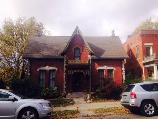Gothic Tea House: photo0.jpg
