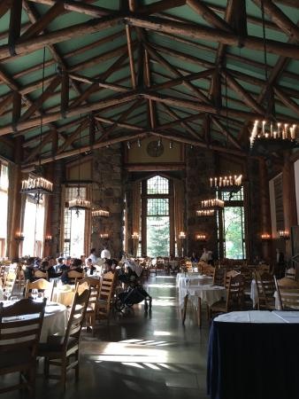breakfast at the ahwahnee dining room - picture of the majestic