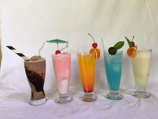 Himamaylan City, Filipinas: Some beverages on offer at Oasis Restaurant