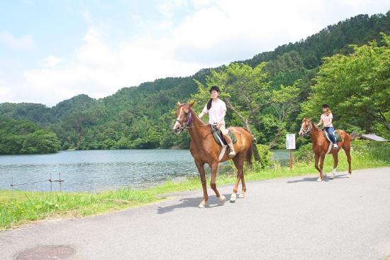Daisen Riding Center: ちょっと遠出で湖まで