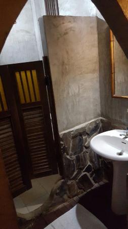 Saithong Guest House: 20151028_191244_large.jpg