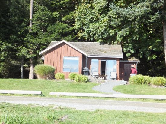 Tsa-Kwa-Luten Lodge: Cabin