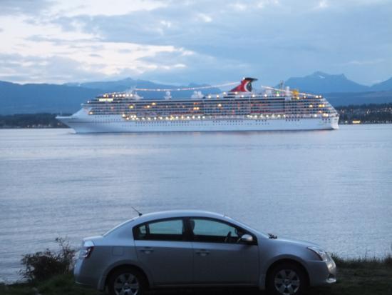 Tsa-Kwa-Luten Lodge: Cruise ship passing by