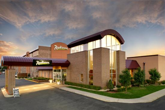 Photo of Radisson Hotel Minneapolis/St. Paul North Roseville